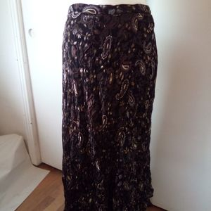 Shelley and Arnold maxi skirt size L